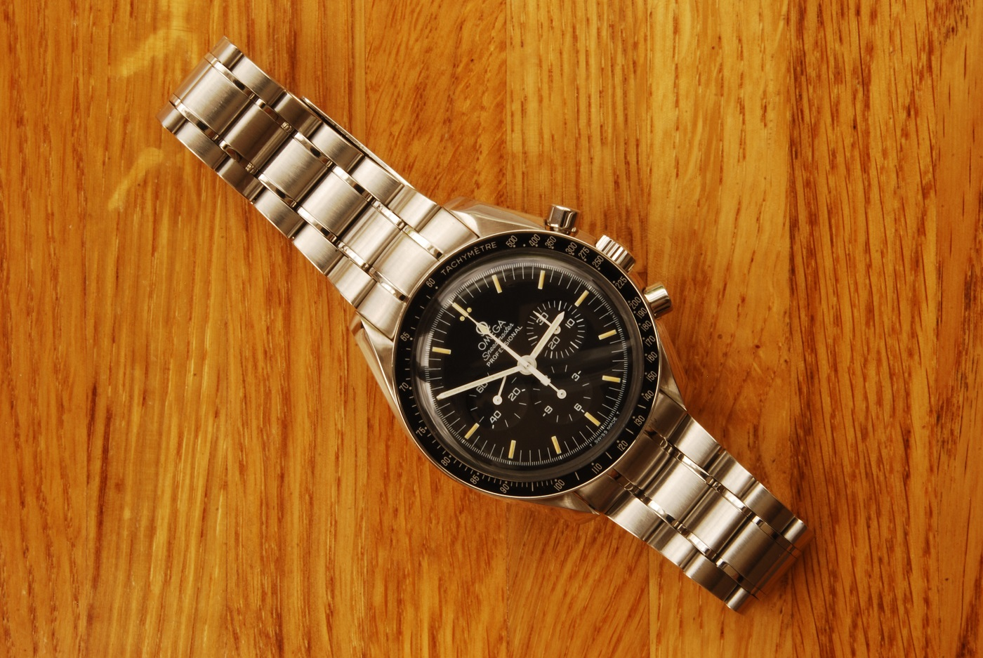 UK watchmaker showing service of Omega Speedmaster - finished watch