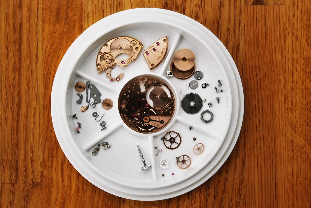 Omega Seamaster 30 repair and service - cleaned movement parts