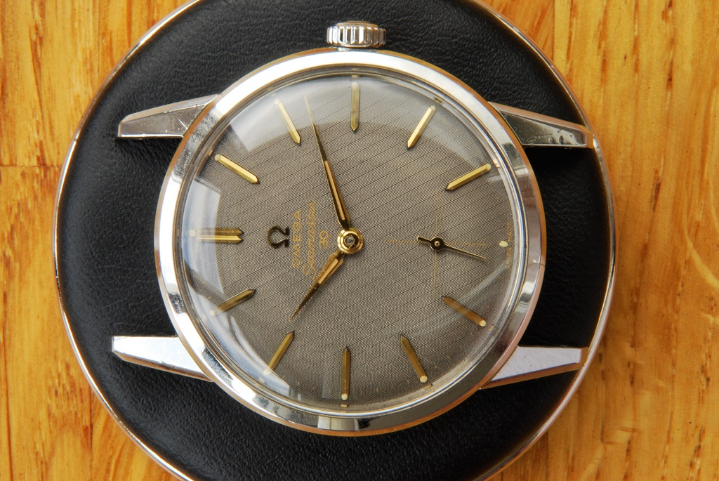 Omega Seamaster 30 repair and service - detail of front